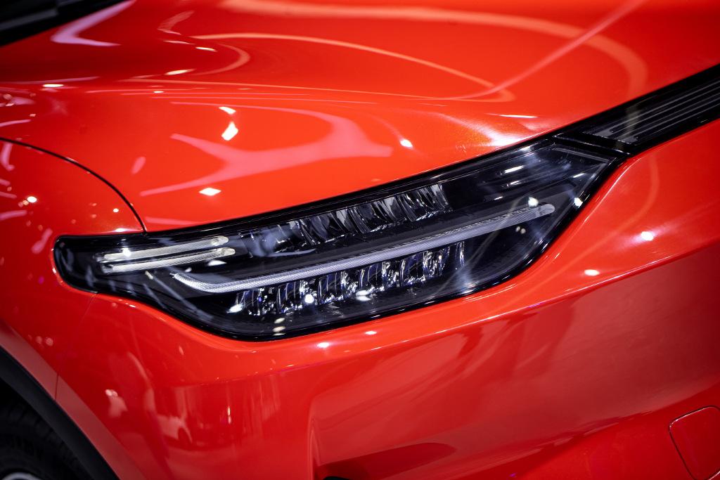 零跑汽车C11将于明年交付 预售价16-20万元