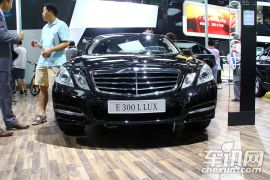 北京奔驰-奔驰E级 E300 豪华版