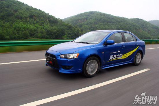 三菱翼神行政版广州车展发布 预计10万起售