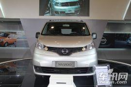 郑州日产-NV200