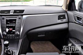 铃木-凯泽西-2.4L两驱标准版