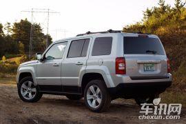 Jeep-自由客