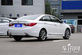 北京现代-索纳塔八-2.0L 自动尊贵版