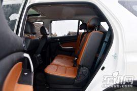 长安汽车-长安CX70-1.6L 手动豪华型