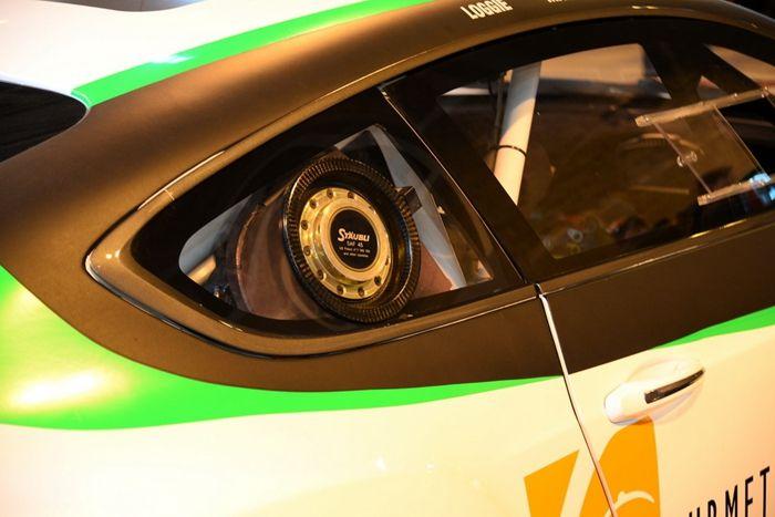 宾利欧陆GT3赛车亮相英国运动展 搭V8动力