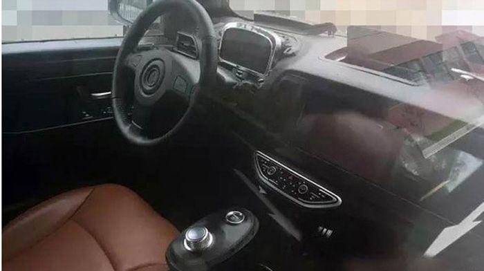 知豆D3车型的内饰谍照被曝光 或配液晶仪表