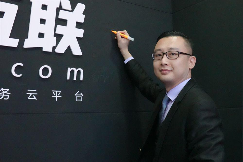 专访广州洪榜集团力帆新能源汽车总监吴亮先生