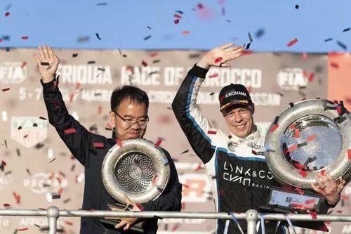 领克03 WTCR首秀夺冠,五星红旗飞扬摩洛哥