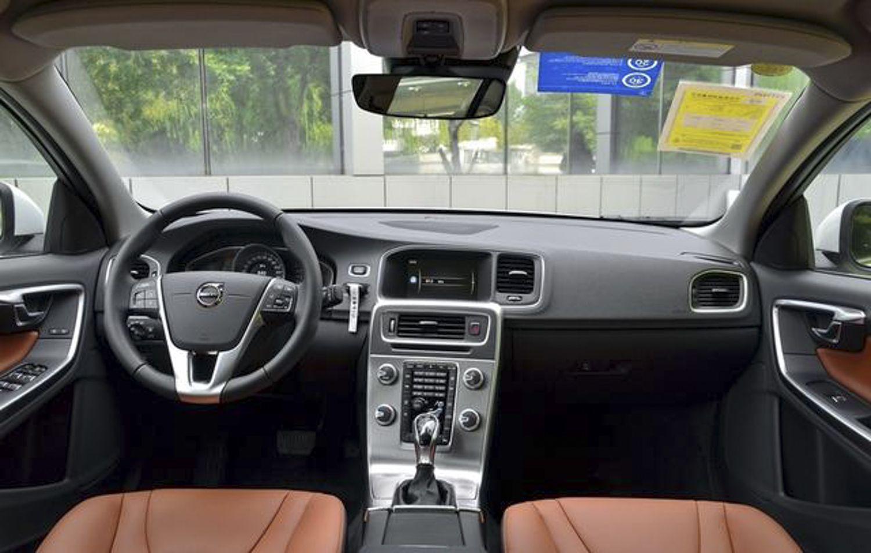 新款沃尔沃S60L上市 售24.98-30.98万元
