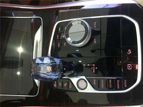 19款中东方版珍马X5真皮父亲屏即兴车配备投减价-图8