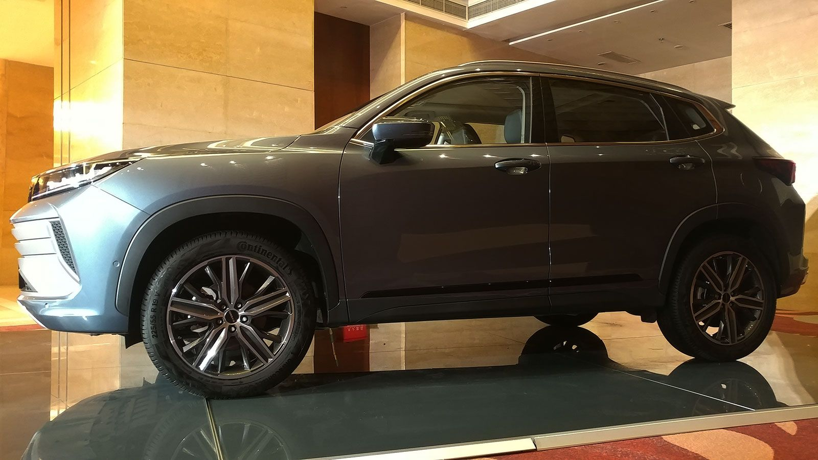 12.59万元起 顶配才15万多点 紧凑级豪华SUV星途LX上市