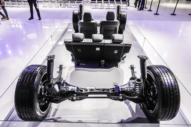 广州车展 长安欧尚X7现场与消费者坦诚相见 由内及外自我剖析