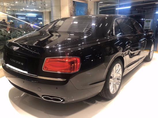 19款宾利飞驰V8S 港口现车 最新优惠价格