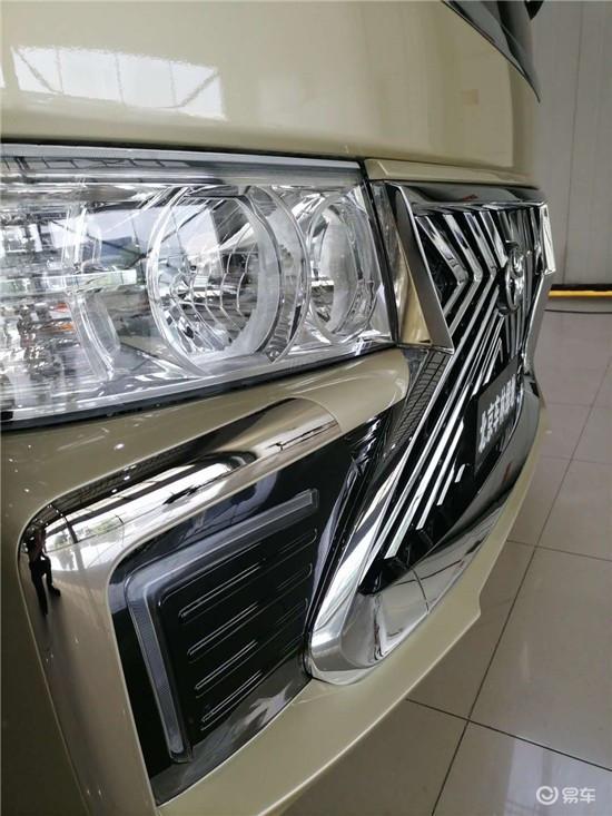 丰田考斯特11座雷克萨斯LM版柯斯达商务车多少钱