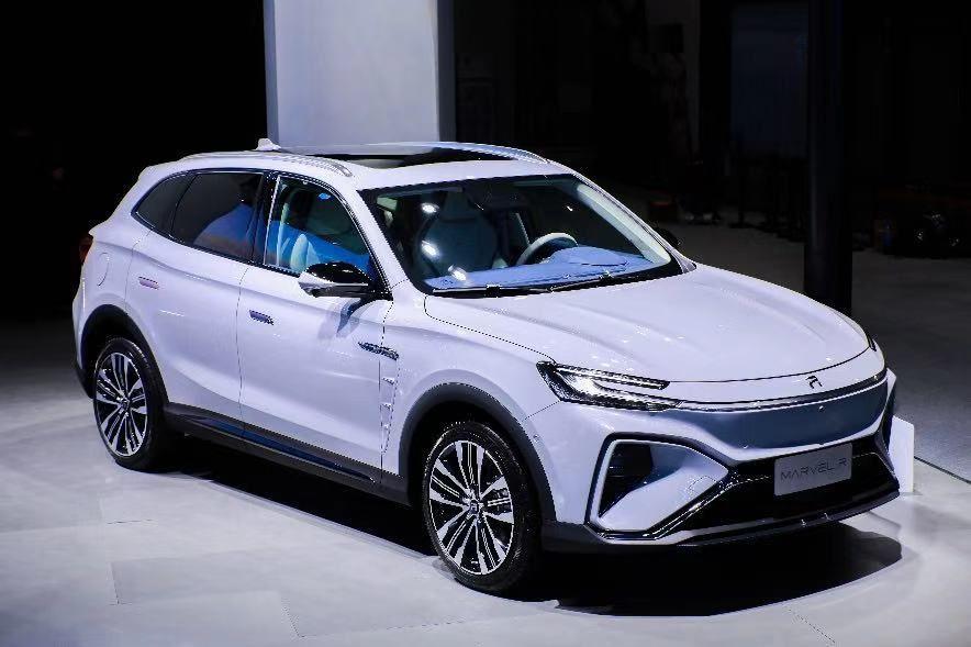 首款5G车预售、概念车亮相、ER6热销!